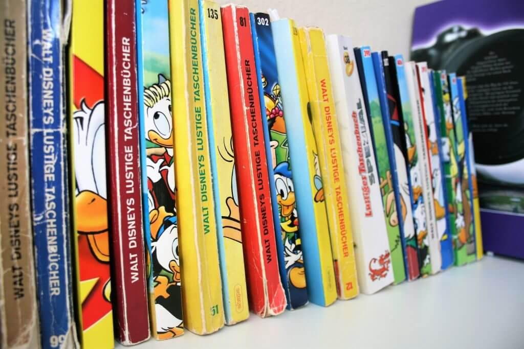 Eine Sammlung von Lustigen Taschenbüchern